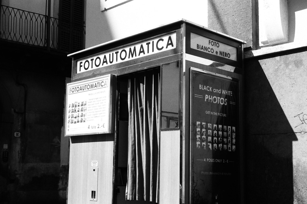 A B&W photo booth in the center of Florence near the Piazza di Sante Croce
