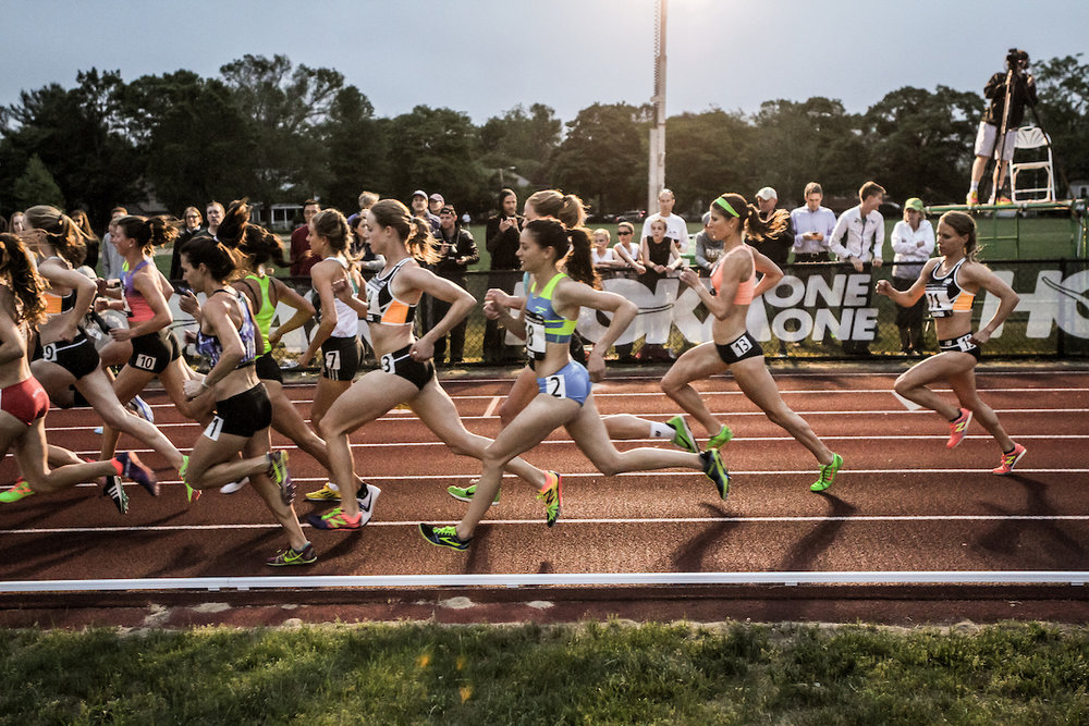 Women's Adro 1 Mile, Adrian Martinez Track Classic 2016 | photo ©  kevmofoto.com