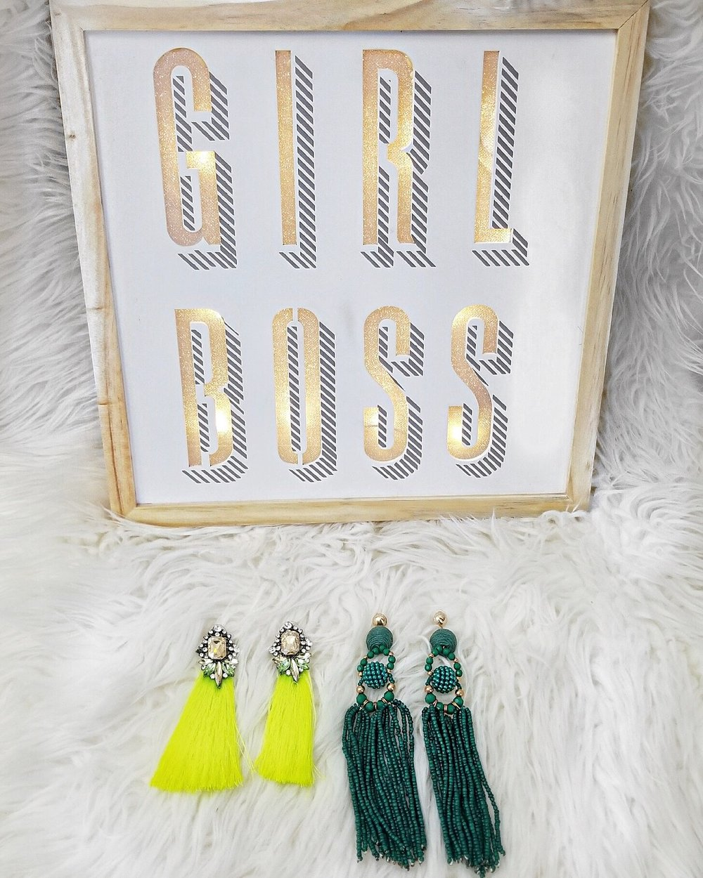 Fashionable-Earrings-That-Make-A-Statement