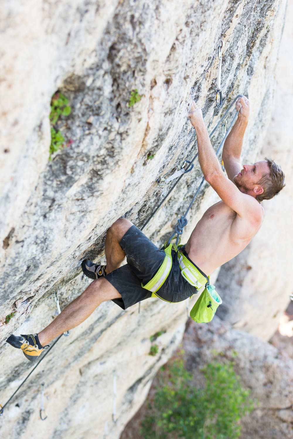 Tommy Caldwell cruises up Bobcat Logic (5.12C) in Wild Iris, Wyoming.