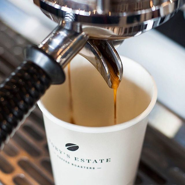 Let's start the day with your daily dose of @tobyestateid coffee. . #moi #mallofindonesia