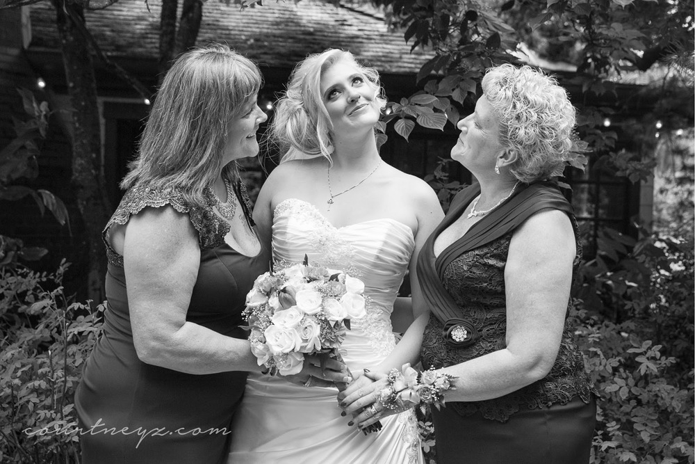 Portland, OR photojournalistic wedding photography