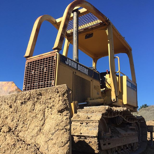 Moving dirt!  #californiaarchitecture #montecito #santabarbara #santaynez #santaynezvalley #mtbconstruction #construction #contractor #builders