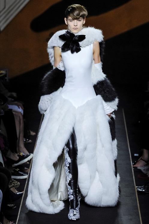 Haute Couture Fendi.jpg