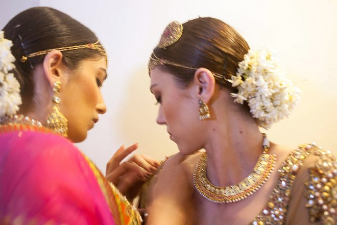 indian-bridal-fashion-week07.jpg