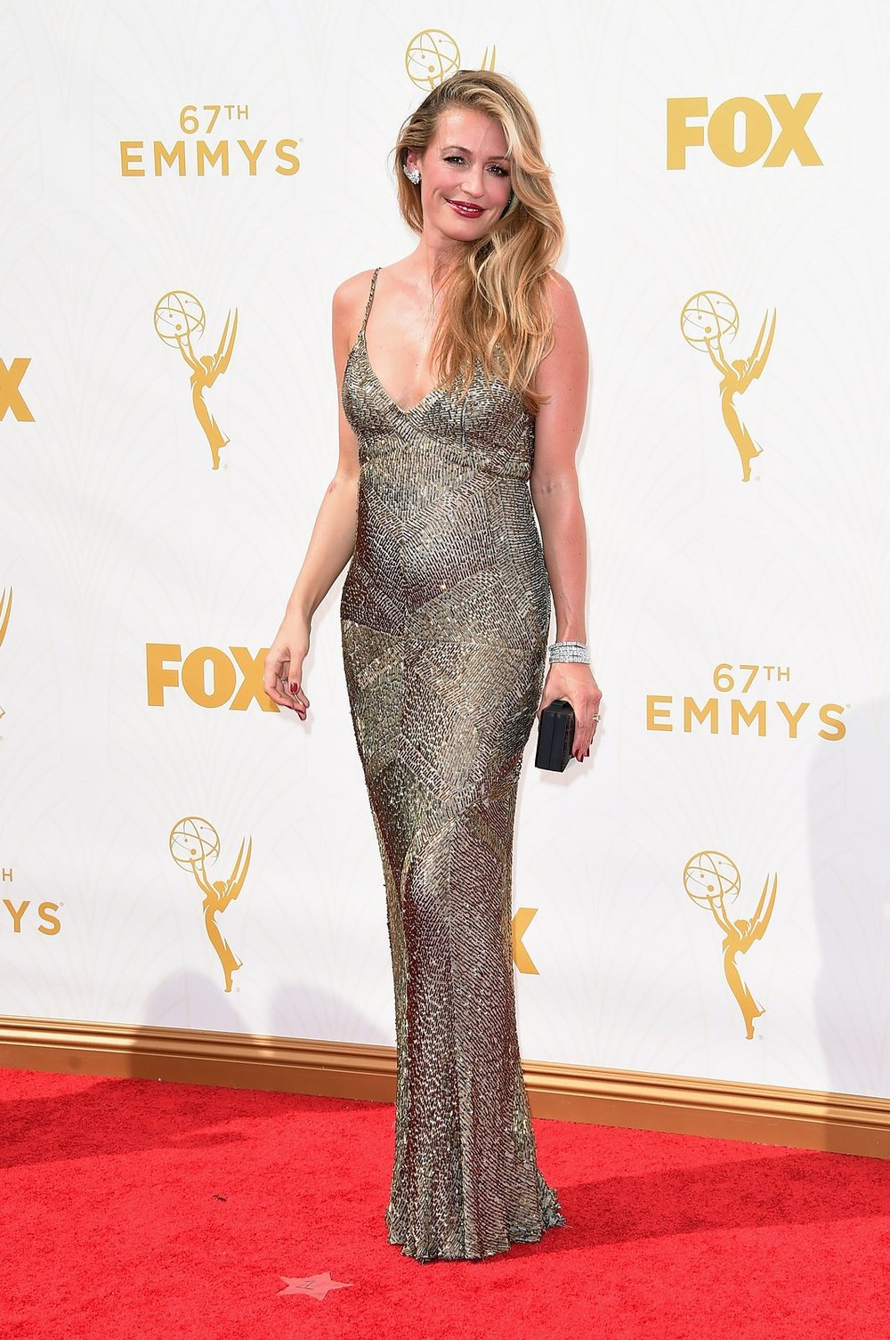 cat-deeley-emmys-red-carpet-2015.jpg