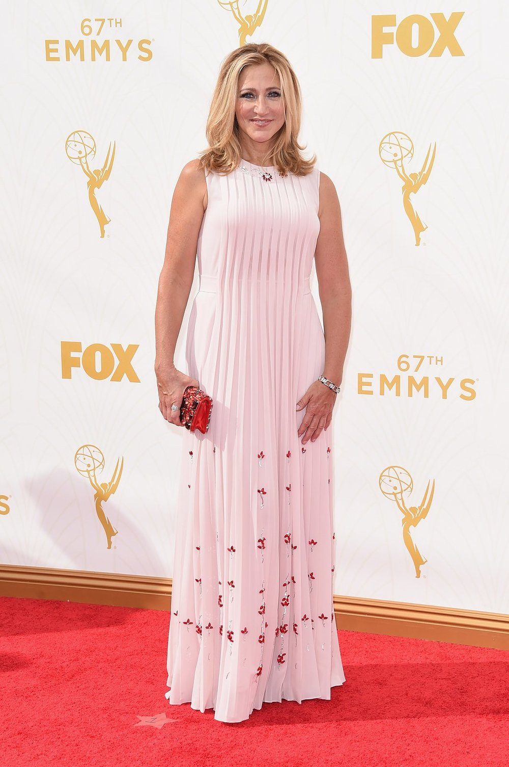 edie-falco-emmys-red-carpet-2015.jpg