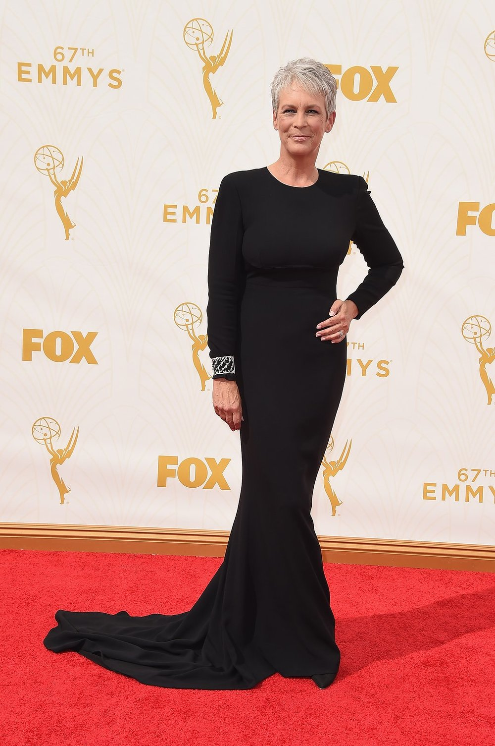 jamie-lee-curtis-emmys-red-carpet-2015.jpg