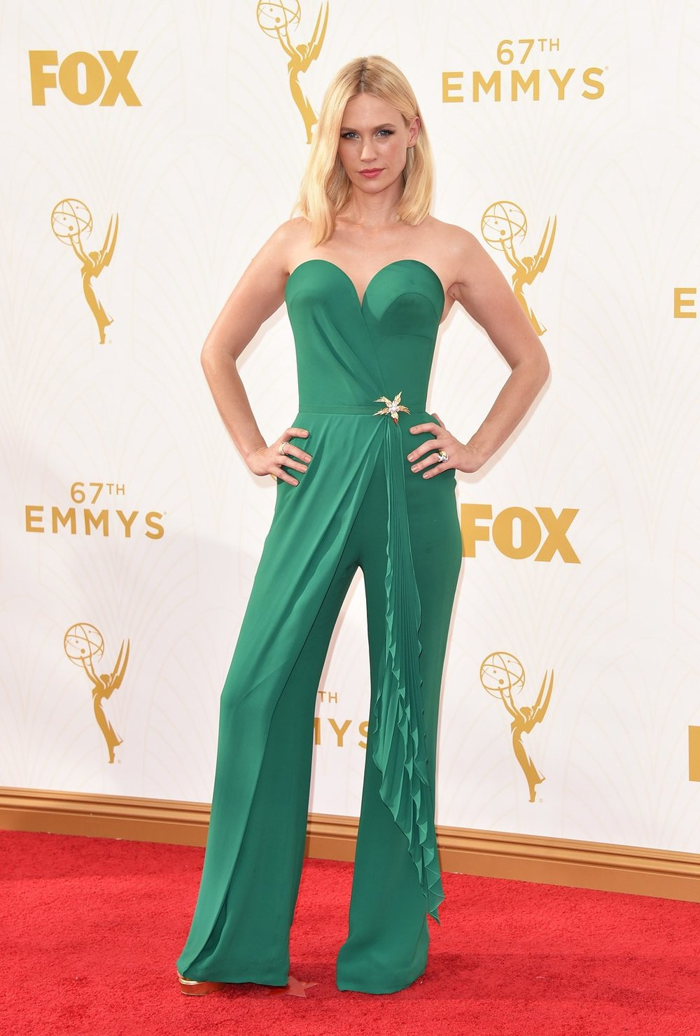 january-jones-emmys-red-carpet-2015.jpg