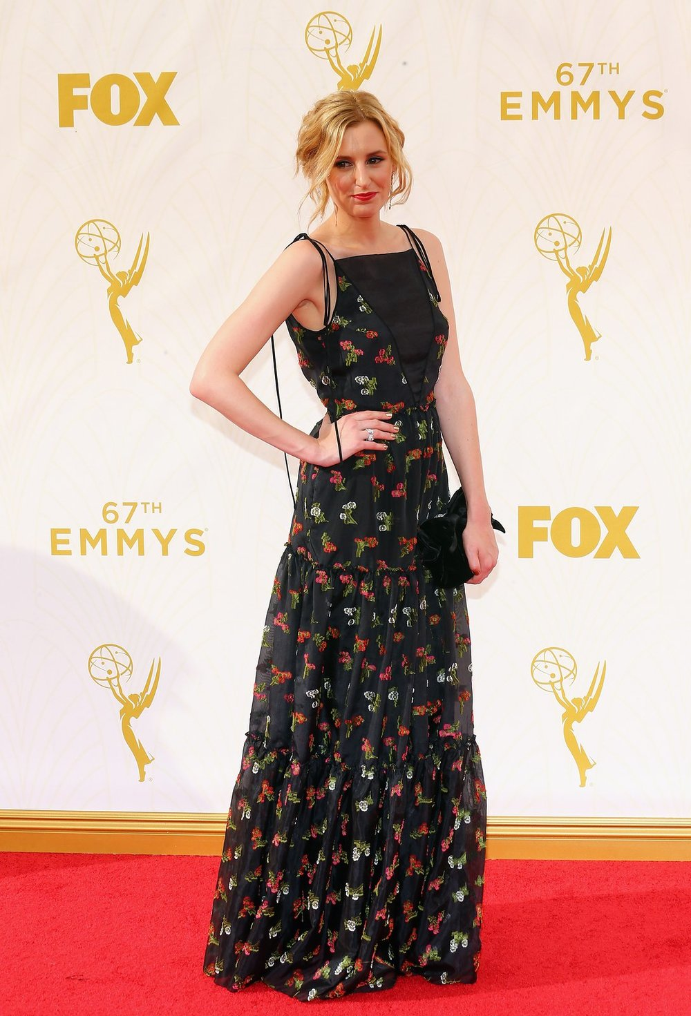 laura-carmichael-emmys-red-carpet-2015.jpg