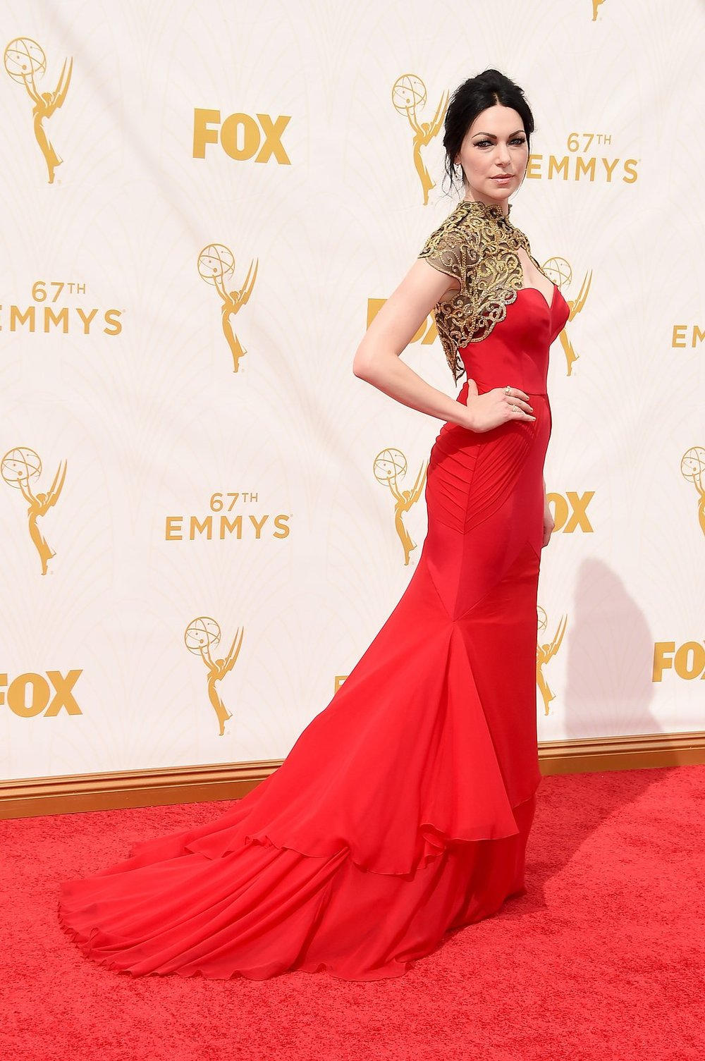 laura-prepon-emmys-red-carpet-2015.jpg