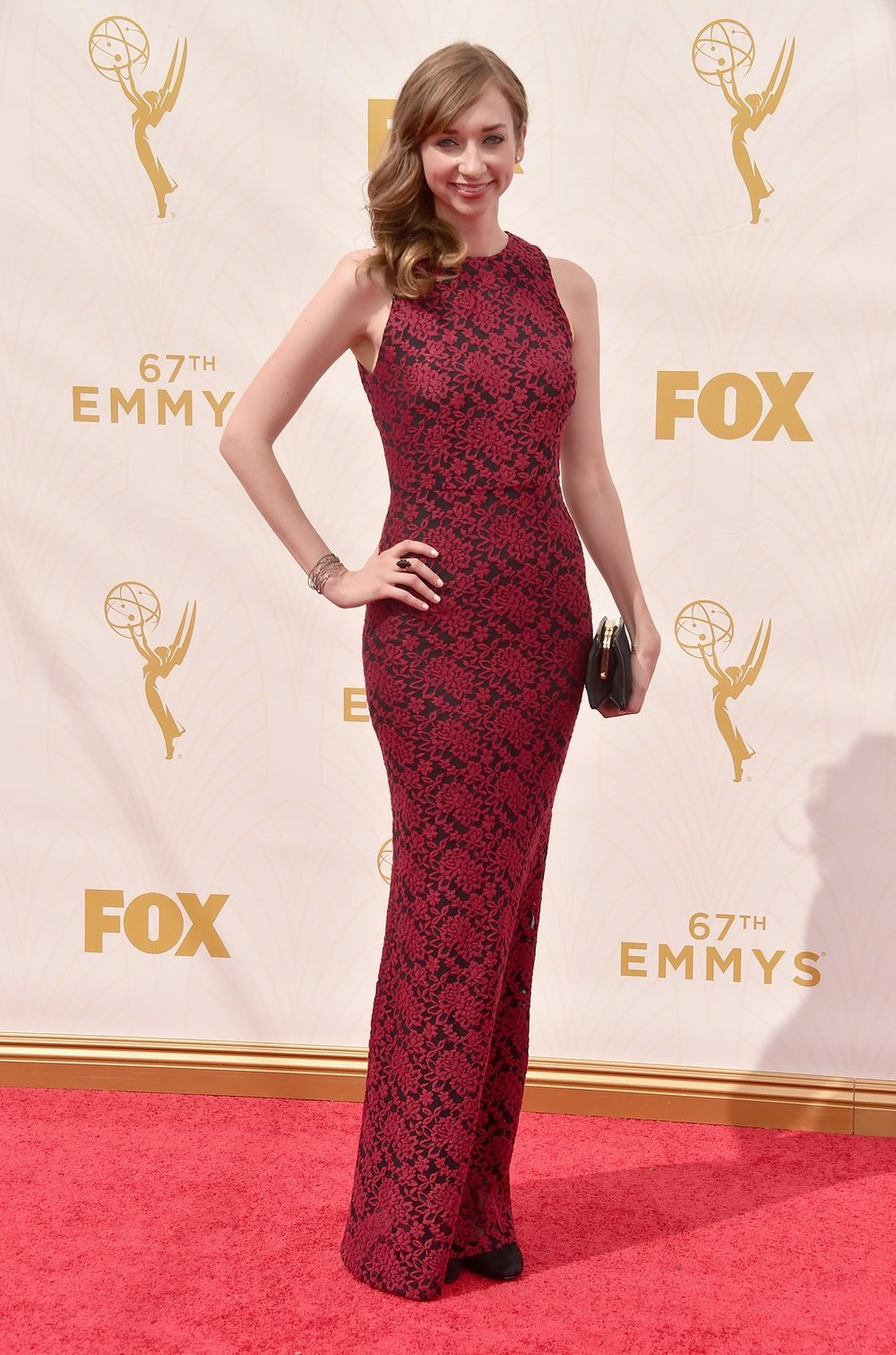 lauren-lapkus-emmys-red-carpet-2015.jpg