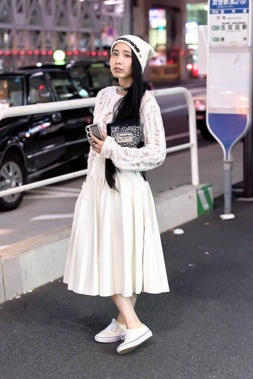 tokyo-street-style-spring-2016-day-4-12.jpg
