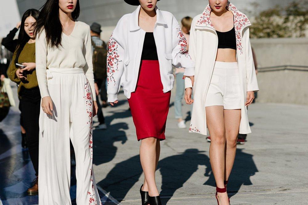 seoul-fashion-week-2015-street-style-day-2-01.jpg