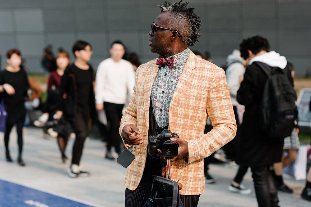 seoul-fashion-week-2015-street-style-day-4-11.jpg