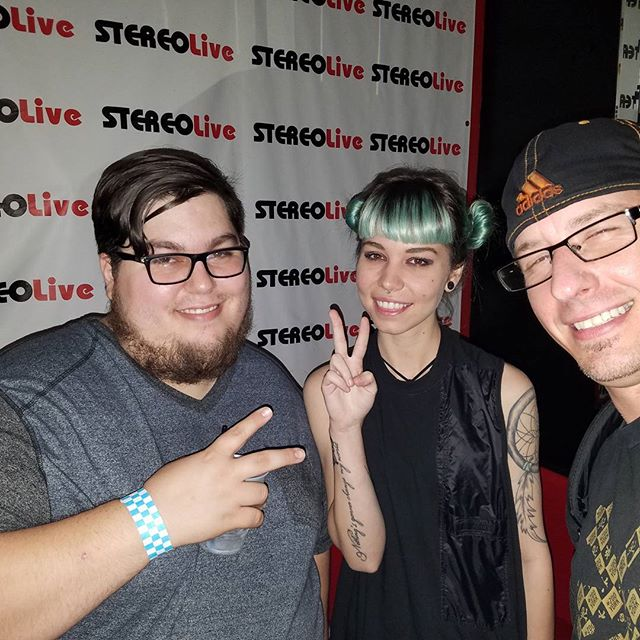 Vibes not Bribes partners @electro_conxtion &  @2t0ne with Mija.