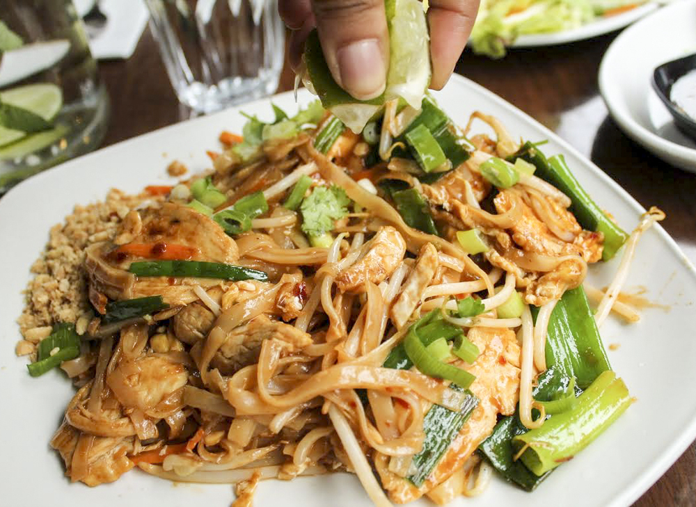 chicken pad Thai from Thai Metro