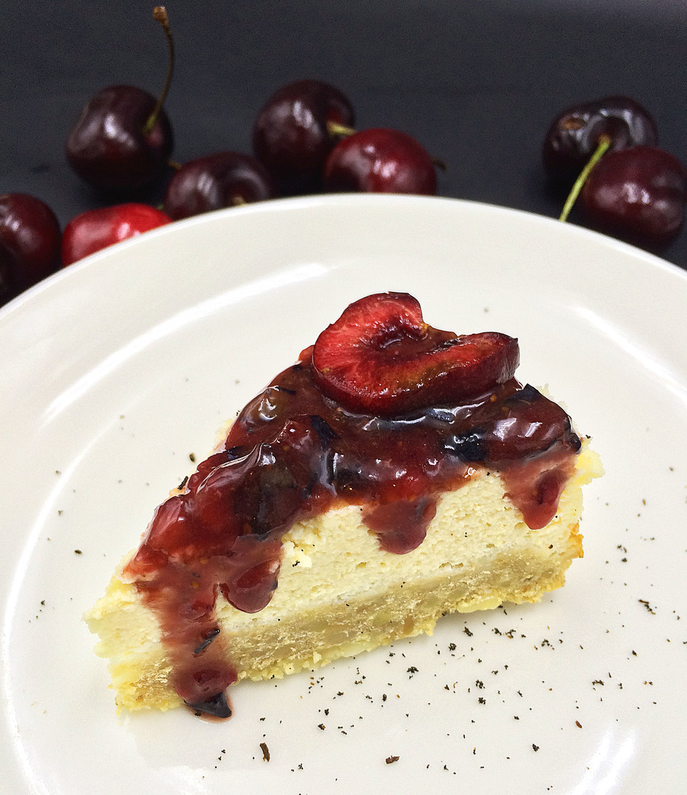 skinny cherry tofu cake (#lowcarb, #highprotein) / via kitchen-impossible.net #skinnyrecipe #healthyrecipe #healthycheesecake #lowcarbrecipe