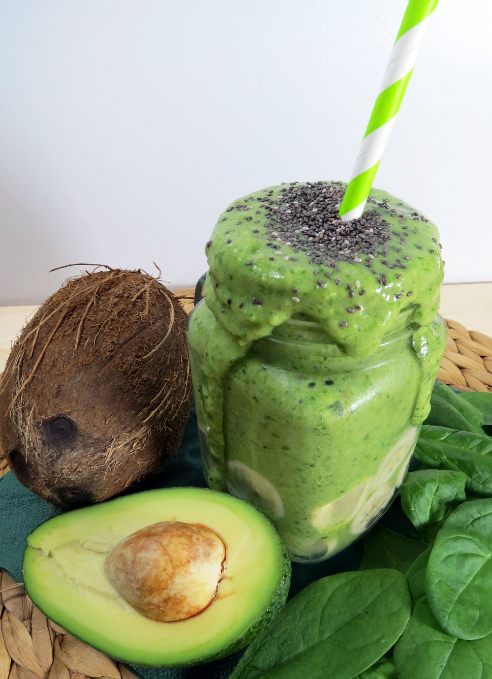 Grüner Muskelprotz {Ultimativer Smoothie-Tipp} - kitchen-impossible.com