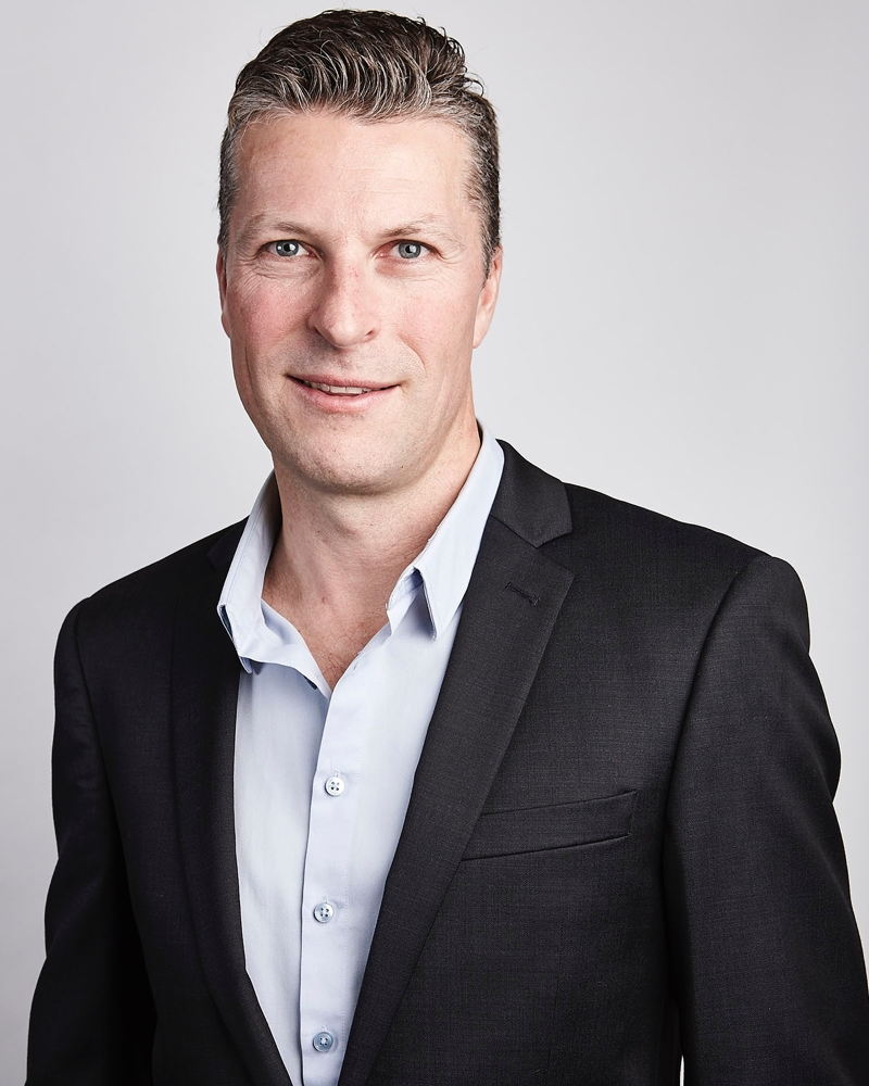 corporate-headshot-3.jpg