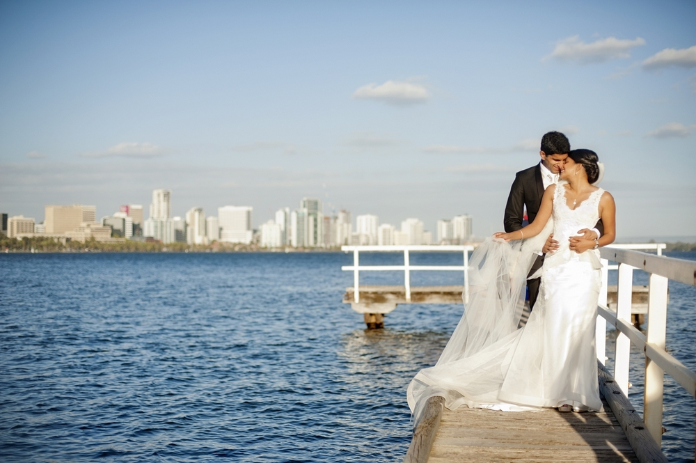 wedding couple on the jetty swan river perth