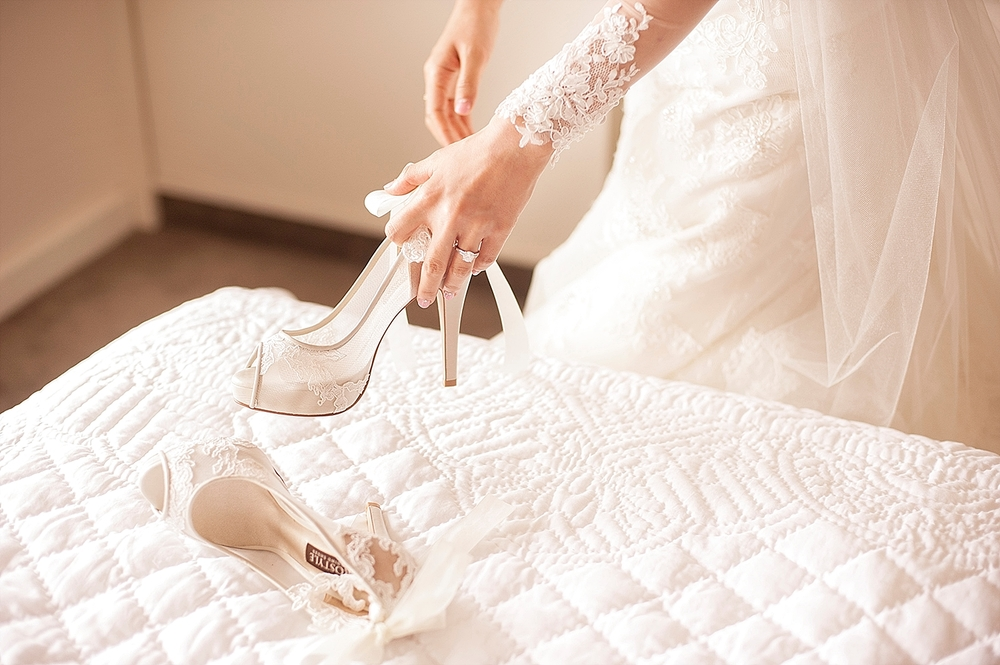 perth bride with lace shoes