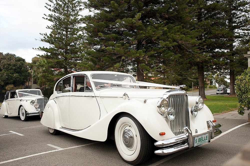 14vintage jags belle classics wedding cars perth 17.jpg