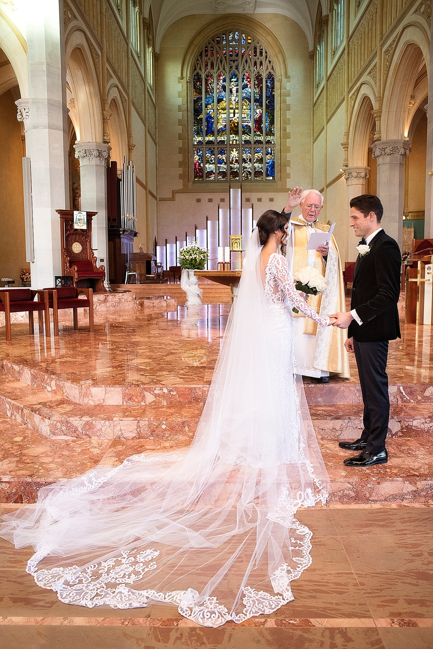 2a5f82aaabb 033 st marys cathedral lace wedding gown aelkemi state reception centre  wedding perth.JPG