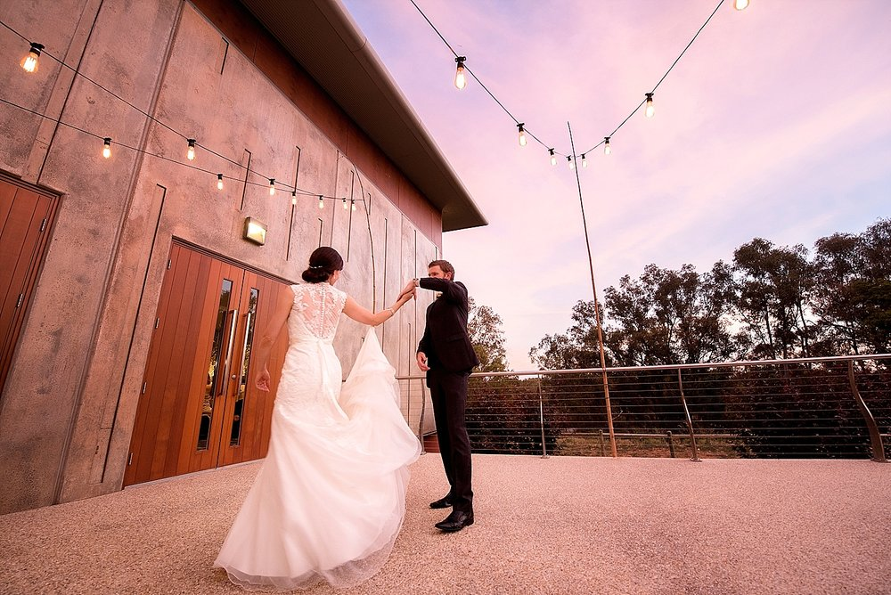 26_perth wedding photographers deray and simcoe.jpg