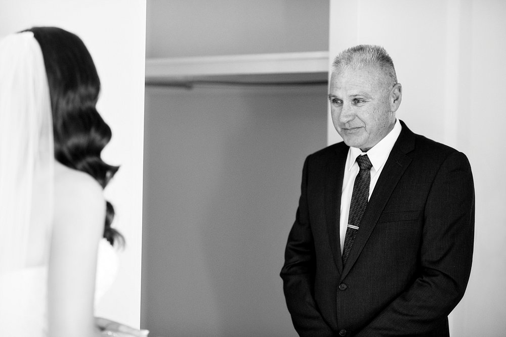 09_dad sees bride for first time wedding perth.jpg
