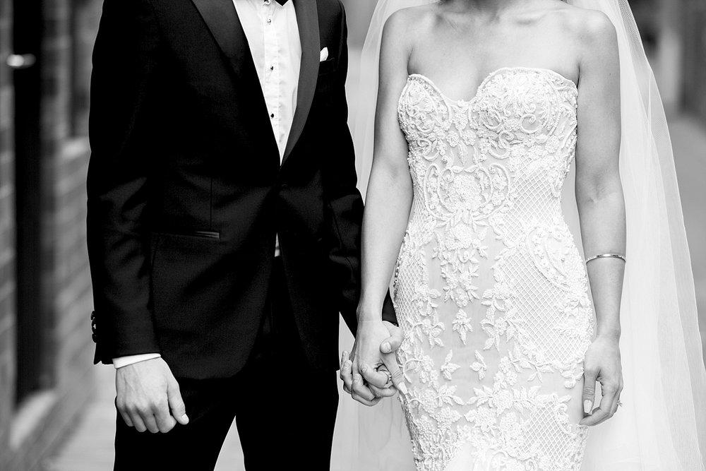 18 leah da gloria wedding dress perth deray simcoe.jpg
