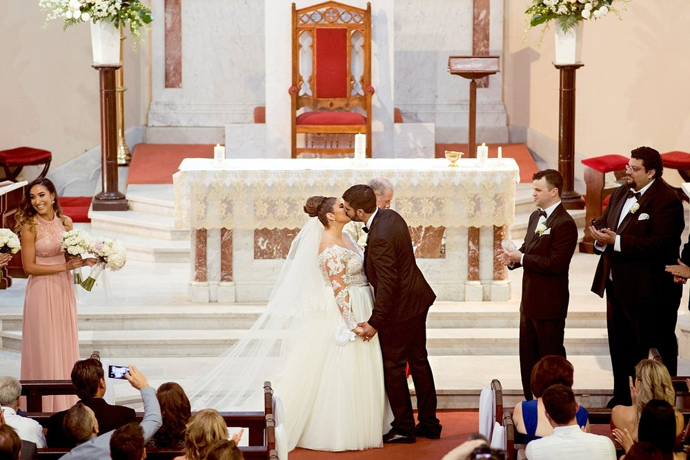 20 st columbas first kiss wedding perth.JPG