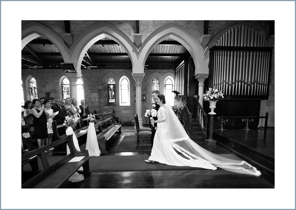 12award winning perth wedding photography_6.jpg