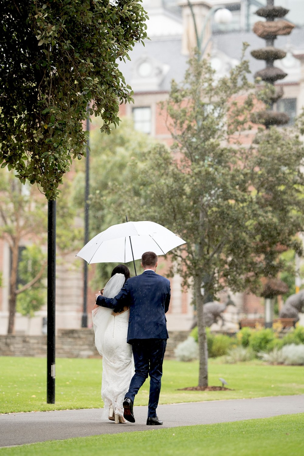 50_Perth rainy wedding umbrellas.jpg