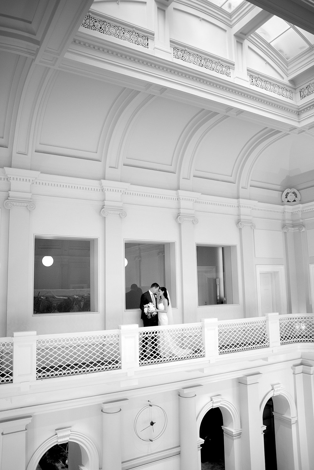 60_Perthwedding photos balcony Como Treasury.jpg