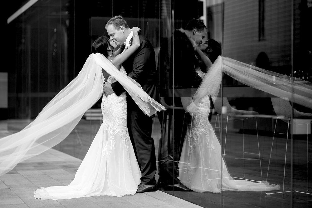 49_brookfield place wedding photos.jpg