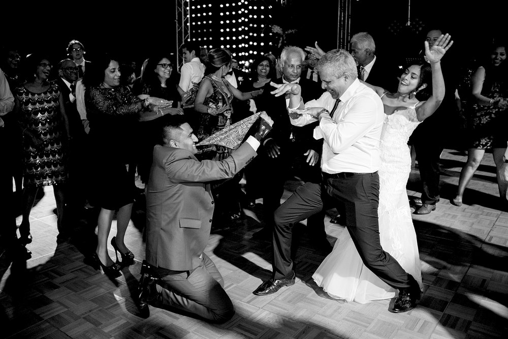 86_indian dancing wedding perth.jpg