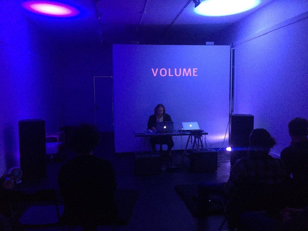 Volume_LA