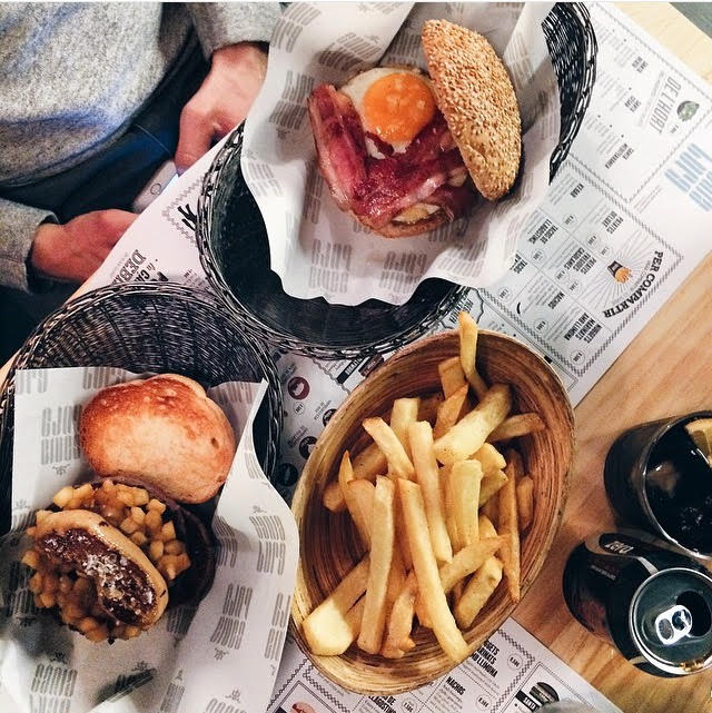 Burgers and fries at Santa Burg, Barcelona