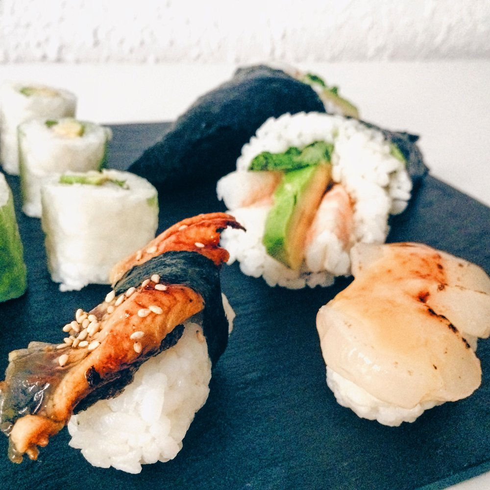 Nigiris, rolls and temakis from Sushi Shop