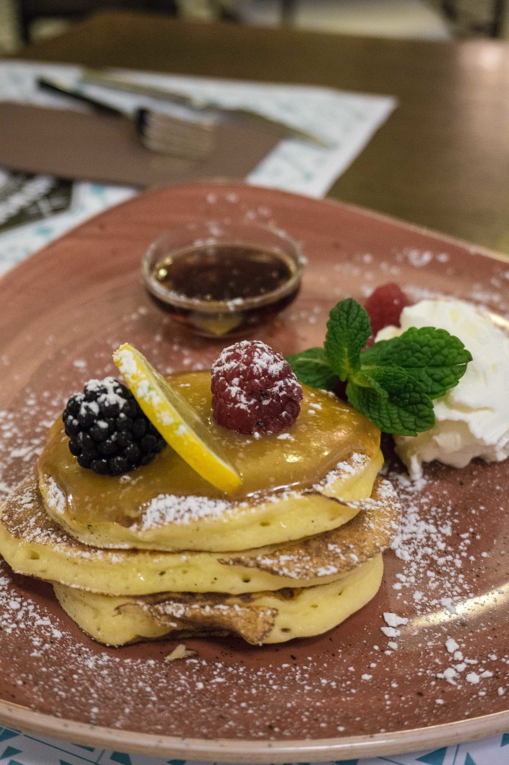 Lemon Ricotta Pancakes at Sirvent Barcelona