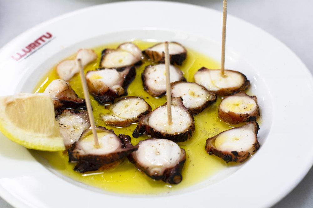 Dried octopus at Lluritu Barcelona
