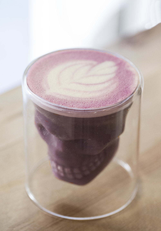 Goji Berry Wellness Latte at Eat my Trip, Barcelona