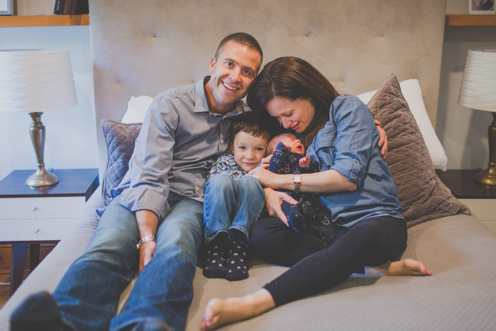 brooklyn family lifestyle session in home