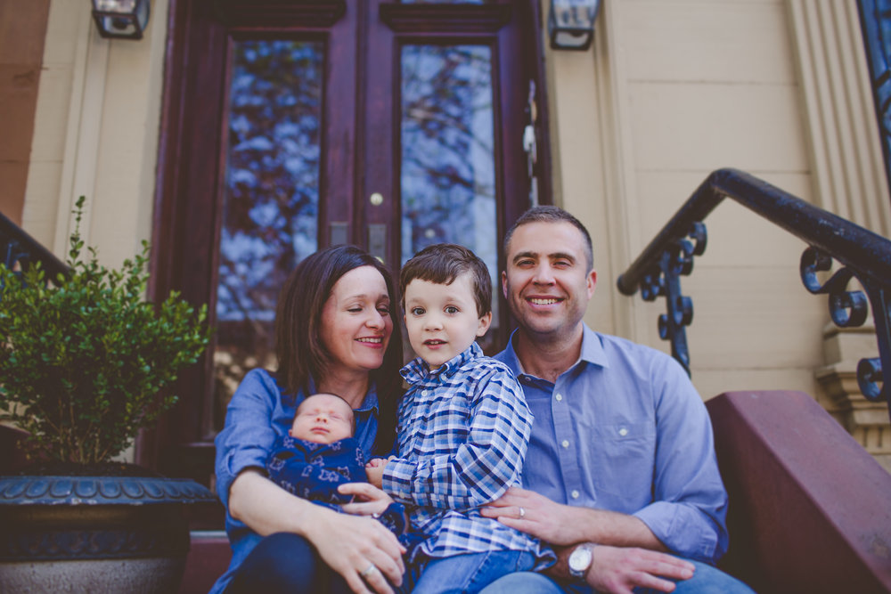 brooklyn brownstone family lifestyle session