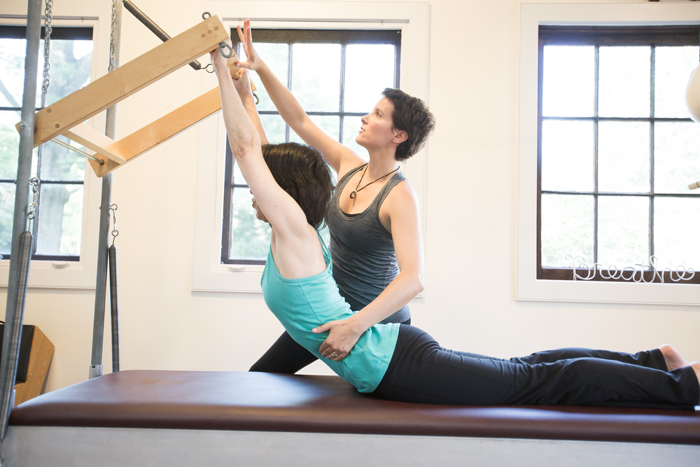 dating a pilates instructor The purpose of the pilates instructor is to provide safe, effective group pilates instruction in accordance with all club pilates guidelines and expectations.