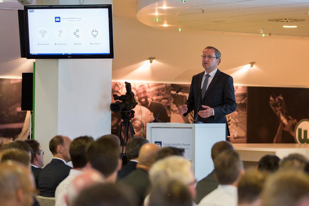 20170620-Tag-1-Future Mobility Forum (50).jpg