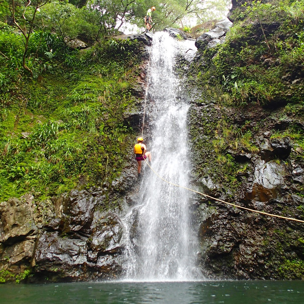 Waterfall Rappelling, Maui