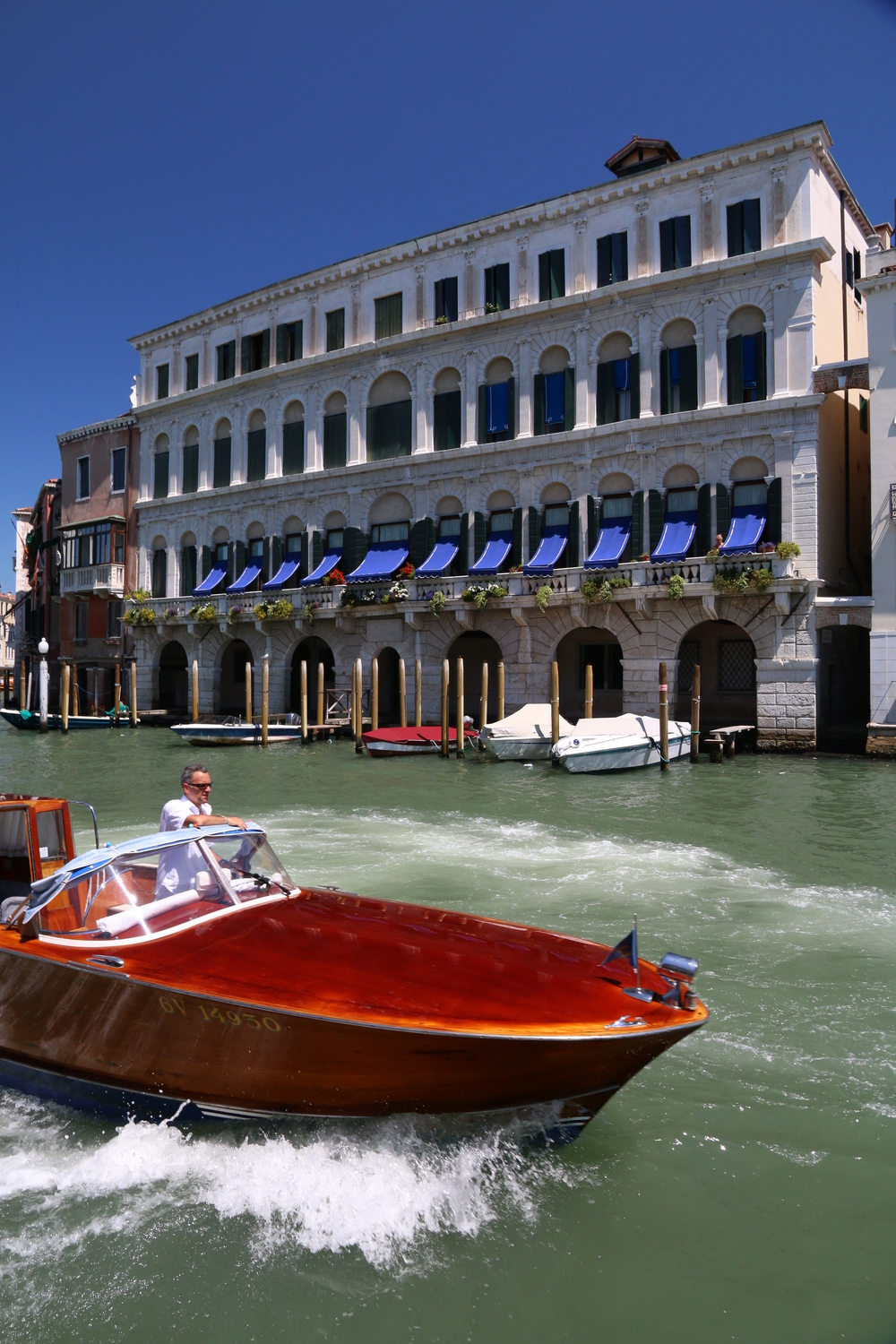 Cruising the Grand Canal