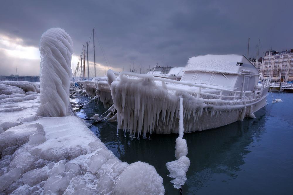 frozen boat.jpg
